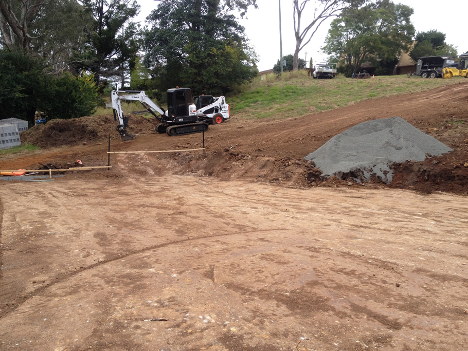 House pads & retaining walls